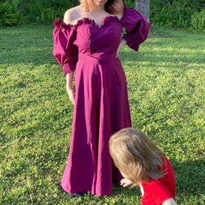 Vintage purple fanned puffy sleeved gown